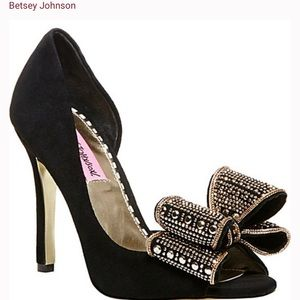 Betsey Johnson Black suede pump with bow at Toe